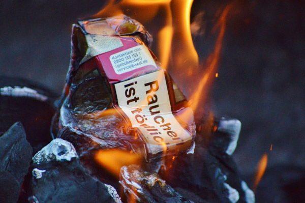 Nikotinentzug bedeutet alle Zigaretten zerstören